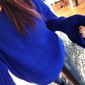 Sweaters - LAST🆕Royal Blues wide sleeve semi crop sweater